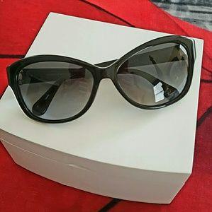 Diane Von Furstenburg sunglasses